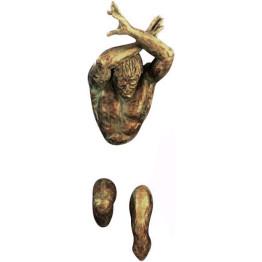 Настінна скульптура Wall art man (cross arm)