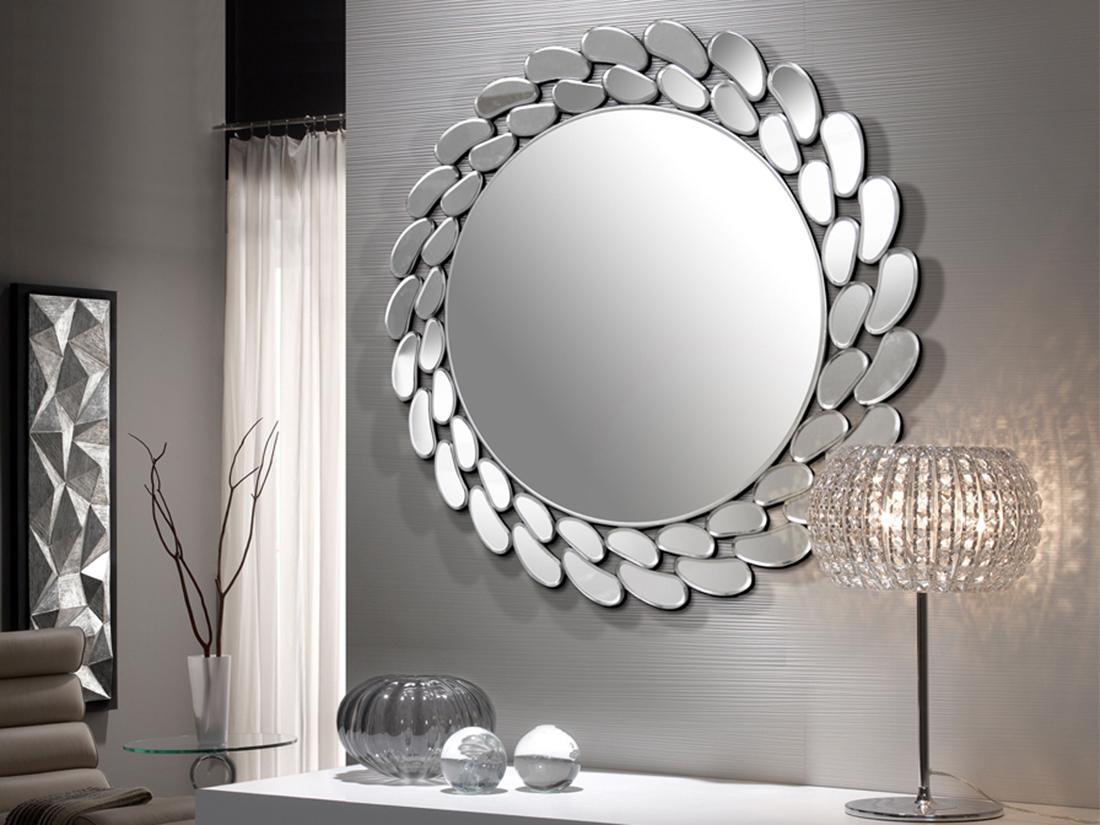 Дизайнерське дзеркало в дизайні спальні мінімалізм